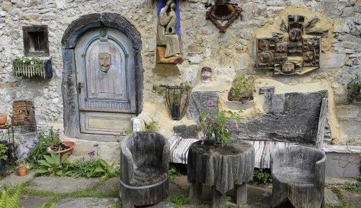 プロヴァンス風インテリアの作り方。南仏の小部屋で過ごす気分に?!
